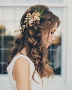 fleurs cheveux